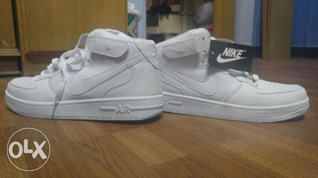 White nike airforce جزمة نايكي