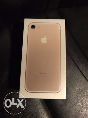 iPhone 7 32 GBs rose gold