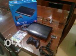 Ps3 super slim like new with box