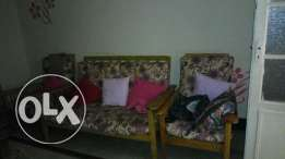 Sofa with cotton seat and 5 pillow