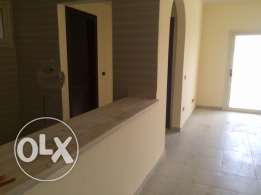 Spacious 2 bedroom apartment with 2 bathrooms! GREEN CONTRACT!