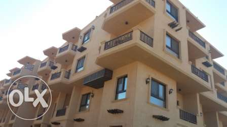 flat in compound on the beach direct الغردقة -  3