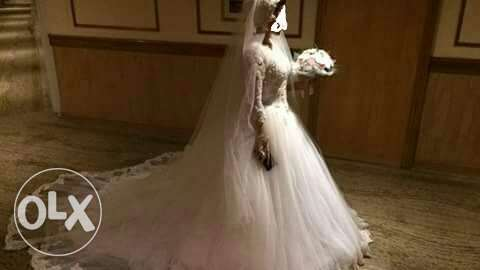 Wedding dress original price 15000