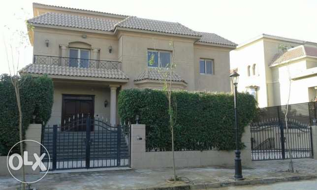 Standalone villa in mirage for rent overlooking the golf course