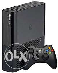 Xbox 360 console+ 2controllers