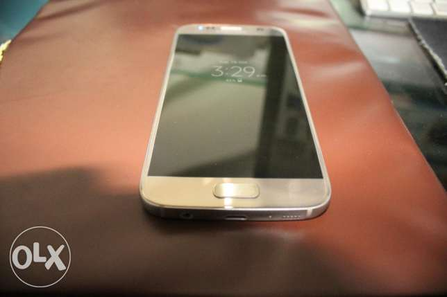 Samsung Galaxy s7 32gb Gold Like Zero مدينة الرحاب -  1