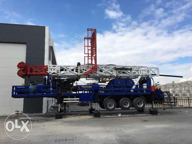 100 Tons 1200 Meters Capacity Used Water Drilling Rig