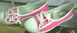 Girl' shoes