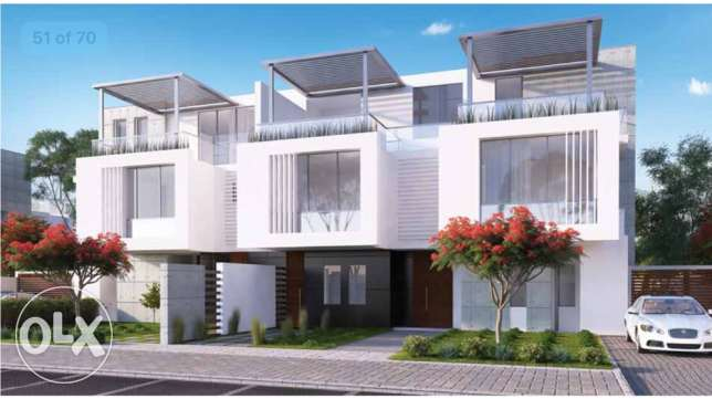 twin house for sale 8 years installment plane 6 أكتوبر -  2