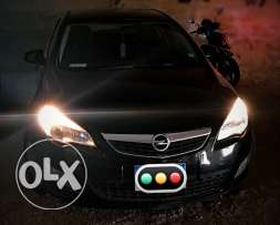 opel astra 2012 excellent condition
