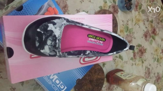 Sketechers size 39 new at Alexandria