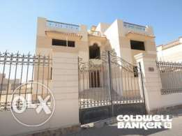 Villa located in 6 October for sale 1332 m2, 3 bathrooms, 4 bedrooms,