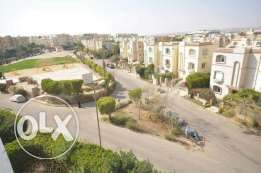 Ground apartment with garden in Hadayk El Mohandisin for sale fully f