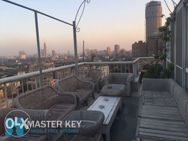 Duplex Apartment 280 m 3 Bedrooms For Sale in Zamalek with roof