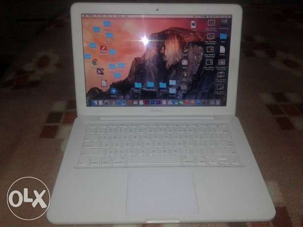 "Apple Mac book 13"" intel core 2 Duo لاب توب أبل"