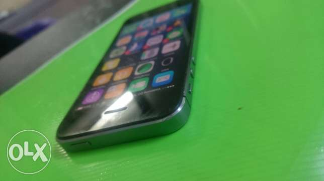 iphone 5s 64g gray space البرلس -  3