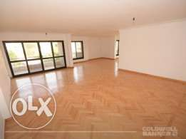 Apartment located in Maadi for sale 220 m2, 3 bathrooms, 3 bedrooms, S