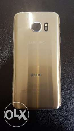 Samsung S7 Dual Sim Gold Excellent Condition مدينة نصر -  3