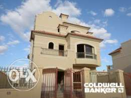 Villa located in 6 October for sale 288 m2, 3 bathrooms, 3 bedrooms, p
