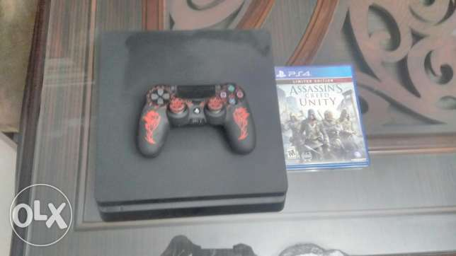 Ps4 slim 1 tera with all acessories