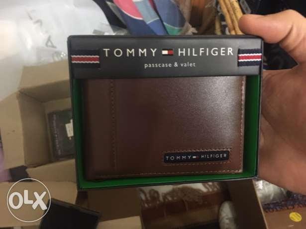 Original Tommy hilfiger wallet from usa with original leather box
