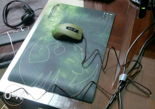 Roccat kone pure military mouse and roccat sense speed mouse pad