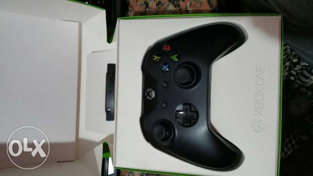 USED xbox one controller