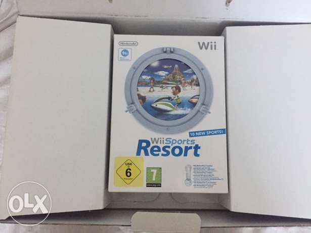 WII device with all its original cds like a brand new one