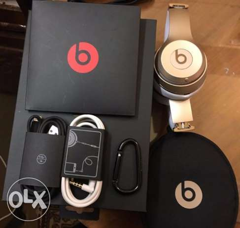 BEATS SOLO (3) ORIGINAL wireless headphone from USA-GOLD