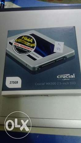Crucial mx300 2.5 in SSD