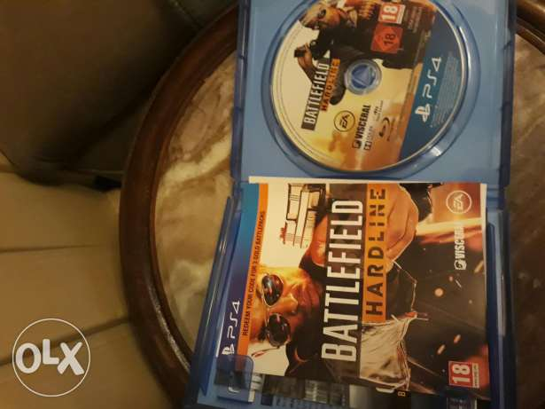 Cod ghosts and battlefield hardline ps4 for sale or trade