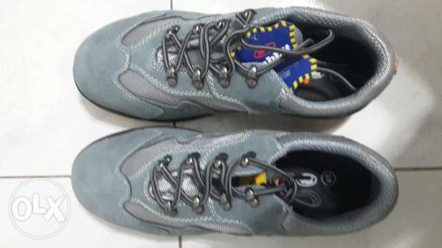 Safety shoes size 41