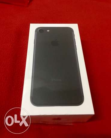 iPhone 7 black 32 GB new sealed from USA Apple Store مصر الجديدة -  1