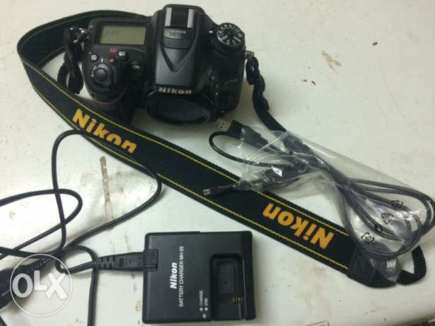 Body camera nikon D7100 very like new for sale