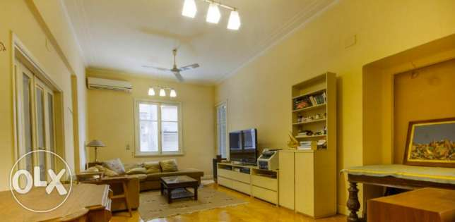 For rent furnished apartment in Garden city
