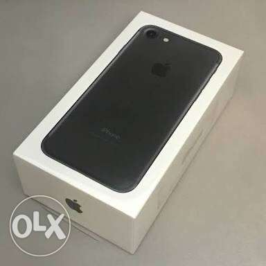 iPhone 7 32G, New Sealed, Black and Silver الزيتون -  1