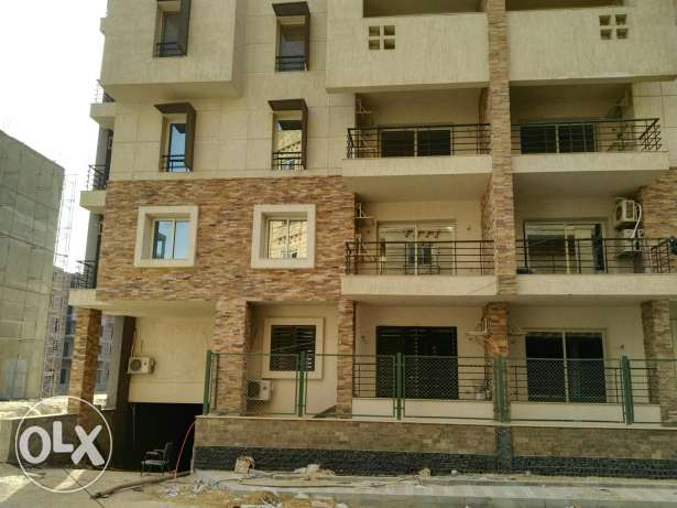 Apartment for sale in florenta compound hi