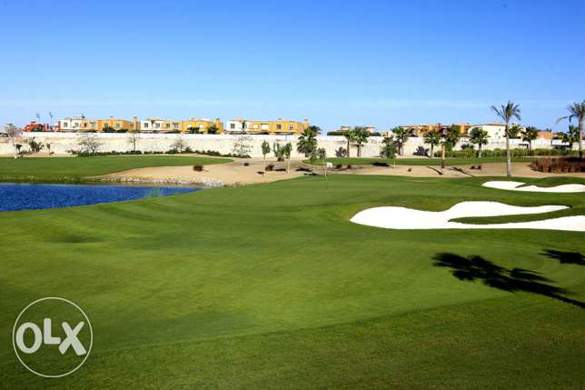 تاون هاوس بالم هيلز 6 اكتوبر palm hills golf views جولف فيو 240 م للبي
