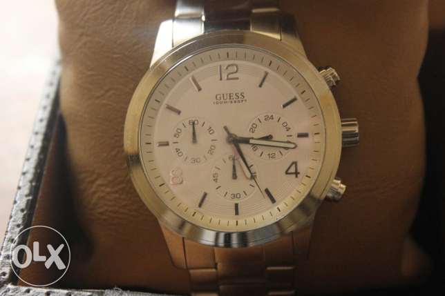 GUESS Wrist Watch
