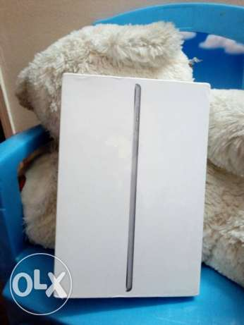 تليفون apple ipad mini4 لما يفتح ابدا