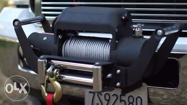 Champion 8000 lb (3629 kg.) Electric Power Winch with 80 ft Synthetic
