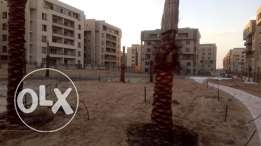 202 m with garden 150 m square compound سكوير صبور ارضي بحديقة