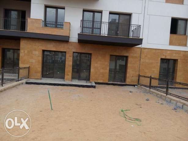 Ground apartment in West town Sodic for sale prime location 190 sqm الشيخ زايد -  4