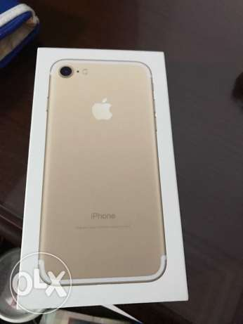 Iphone7 sealed gold 32G
