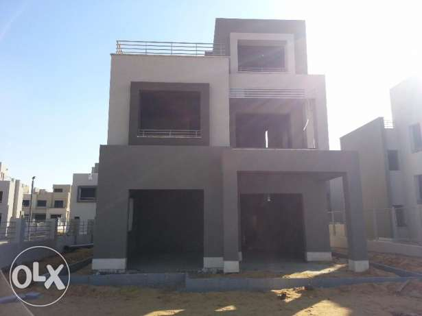 In compound pk2 - standalone 300m prime location التجمع الخامس -  6