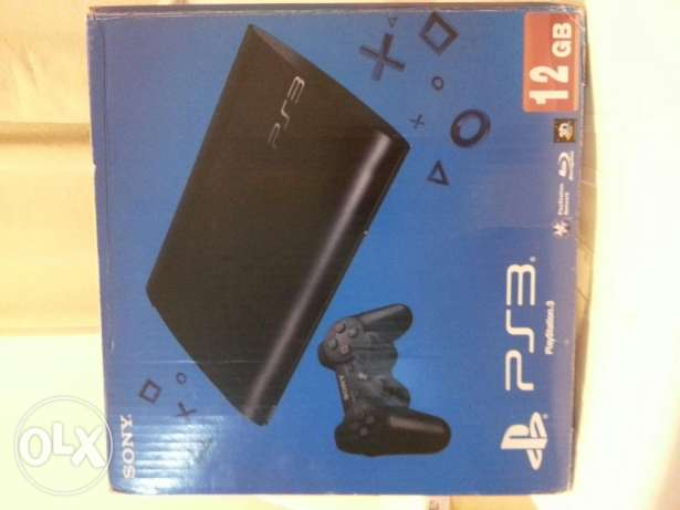 Ps3 superslim hard and cd in its box games on hard