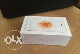 iphone se gold brand new sealed with 1 year warranty