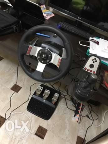 Logitech G27 steering wheel for PC AND Playstation