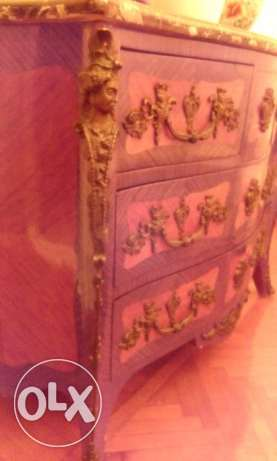 FRENCH DESIGN - Classic Bahu with drawers