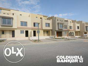 Townhouse located in 6 October for sale 380 m2, Palm Hills Golf Veiw